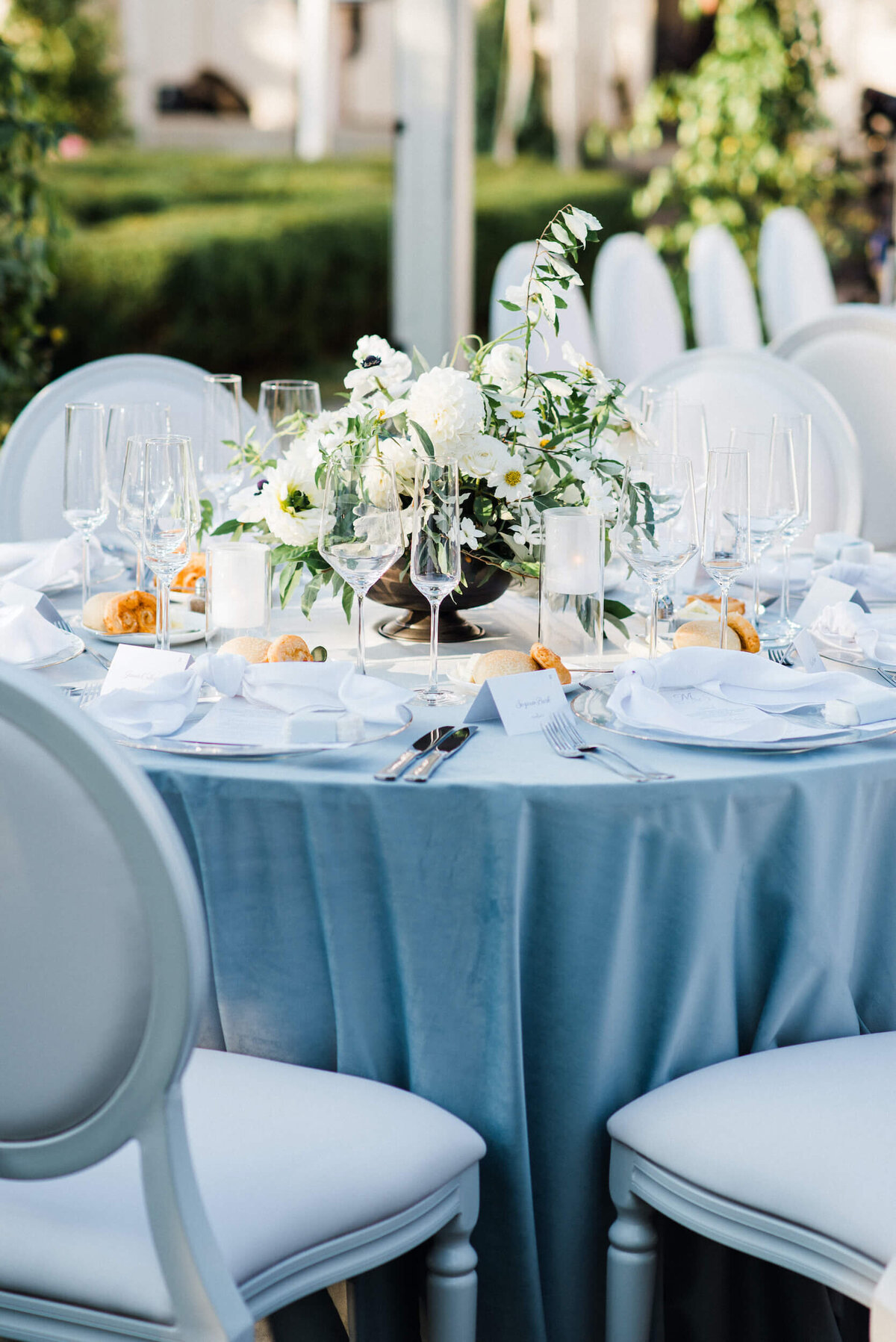 Fresh White & Grey Summer Wedding_13