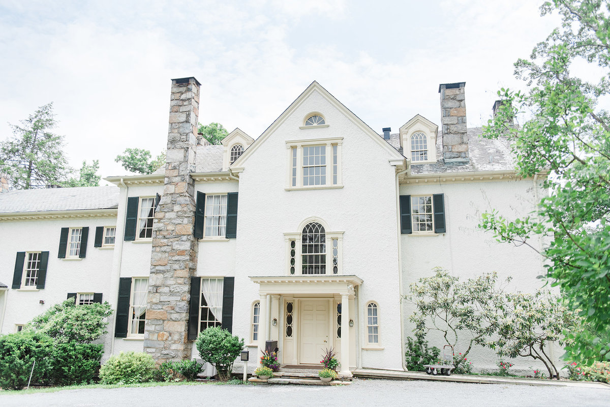 rust-manor-house-leesburg-historic-elegant-wedding-venue-wedding-photographer-photo