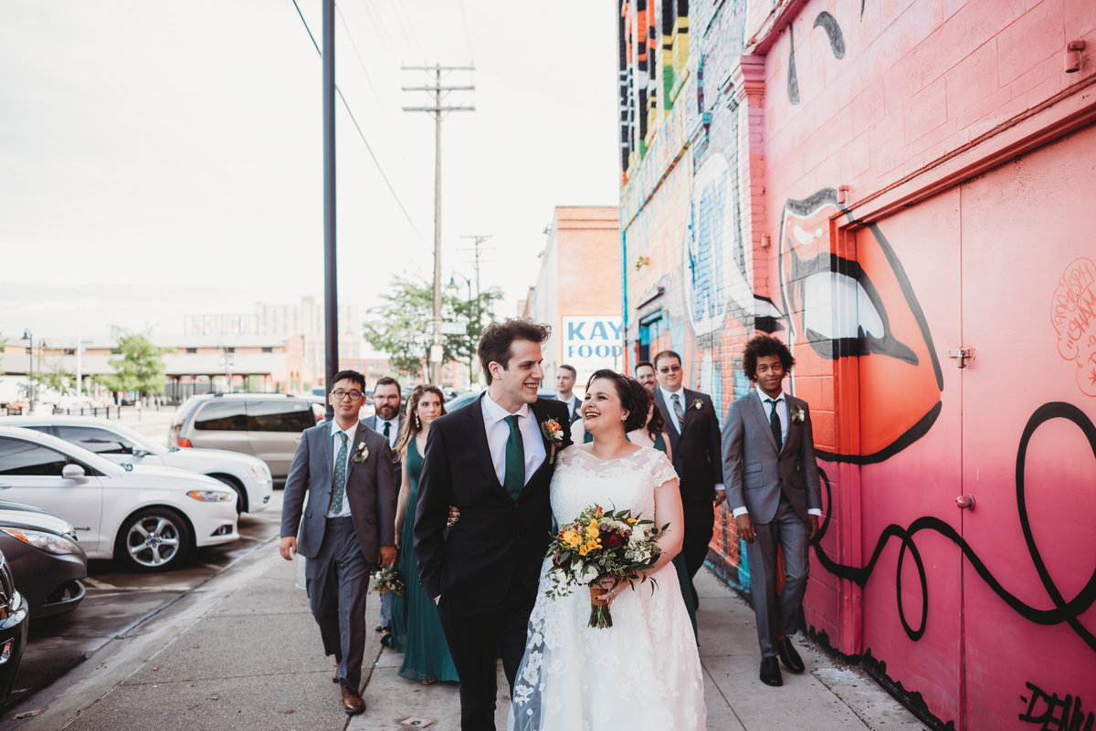 eastern-market-wedding-party-pictctures-detroit-wedding-photographer-girl-with-the-tattoos-michigan-wedding-photographer-city-wedding