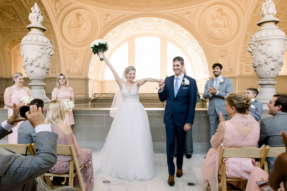 Best_San_Francisco_City_Hall_Wedding_photographer-016