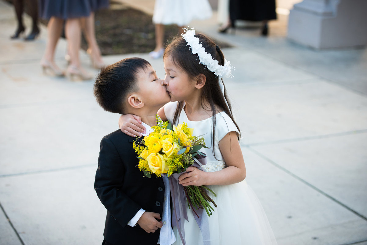 0262-kids-playing-at-wedding-southern-CA