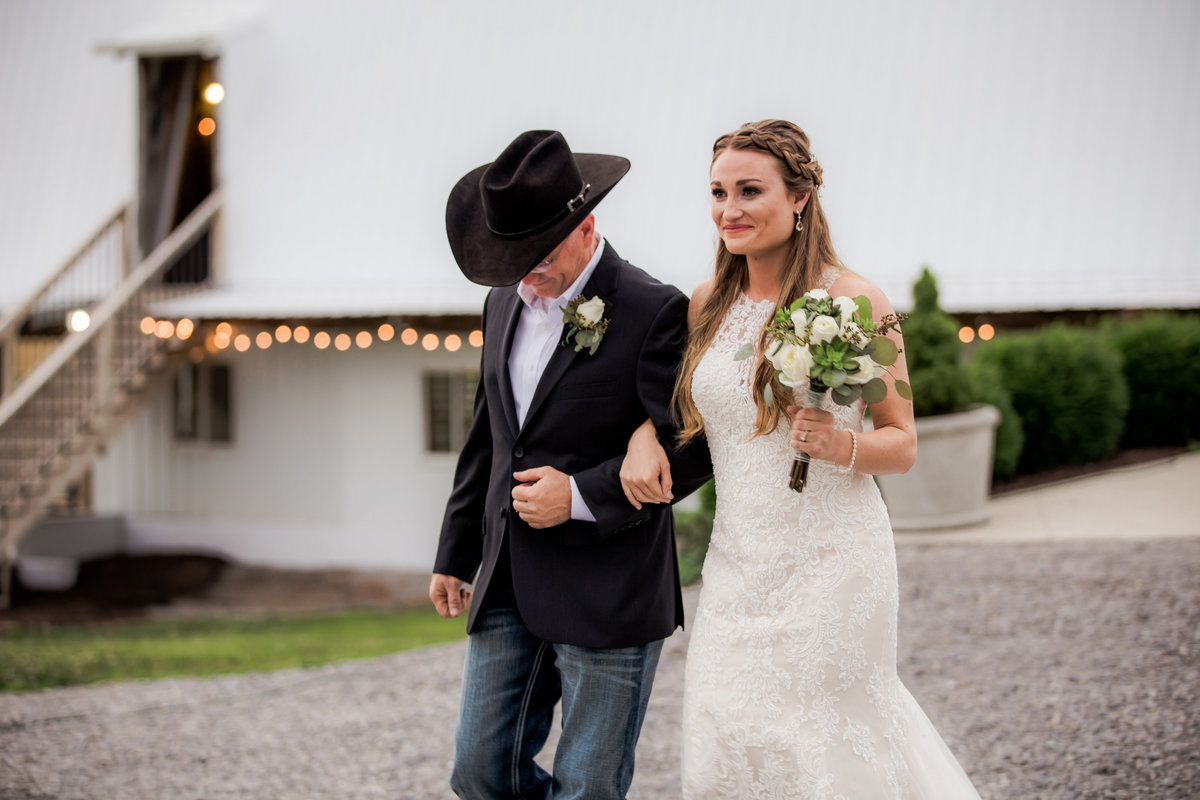 Nsshville Bride - Nashville Brides - The Hayloft Weddings - Tennessee Brides - Kentucky Brides - Southern Brides - Cowboys Wife - Cowboys Bride - Ranch Weddings - Cowboys and Belles090