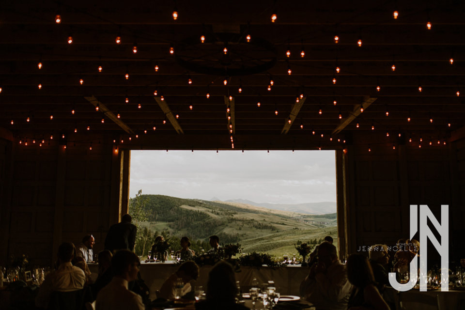 granby-colorado-strawberry-creek-ranch-classic-mountain-wedding-in-the-summer-views-from-reception-barn