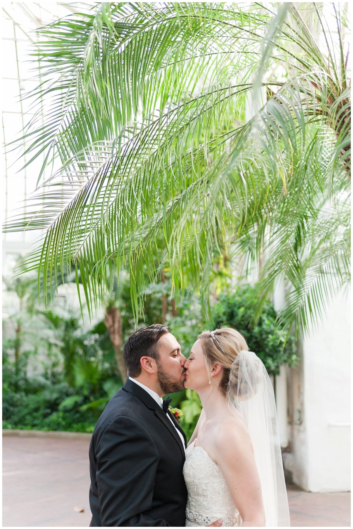 Franklin Park Conservatory Wedding The Palm House Bridal Garden Grove_0037