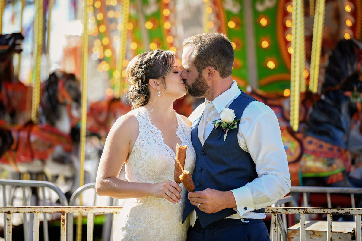 Redway-California-wedding-photographer-Parky's-PicsPhotography-Humboldt-County-Photograper-Humboldt-County-Fair-corn-dogs-wedding-1.jpg