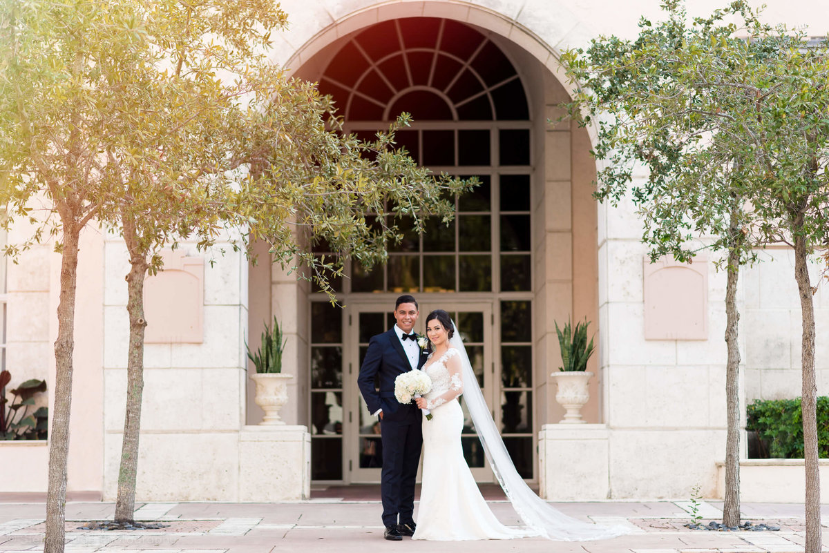 Hyatt_Regency_Coral_Gables_Wedding_Bride