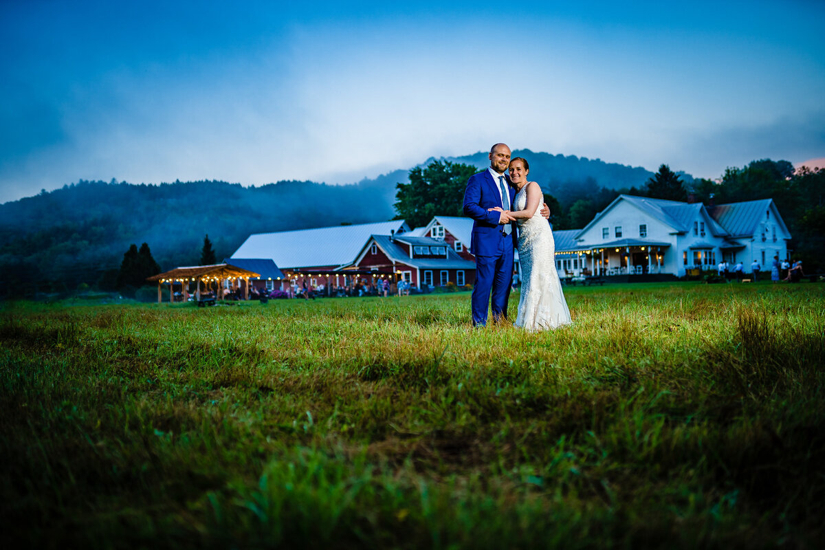 wedding-couple-portraits-vermont-wedding-andy-madea-photography-vermont-wedding-photographer