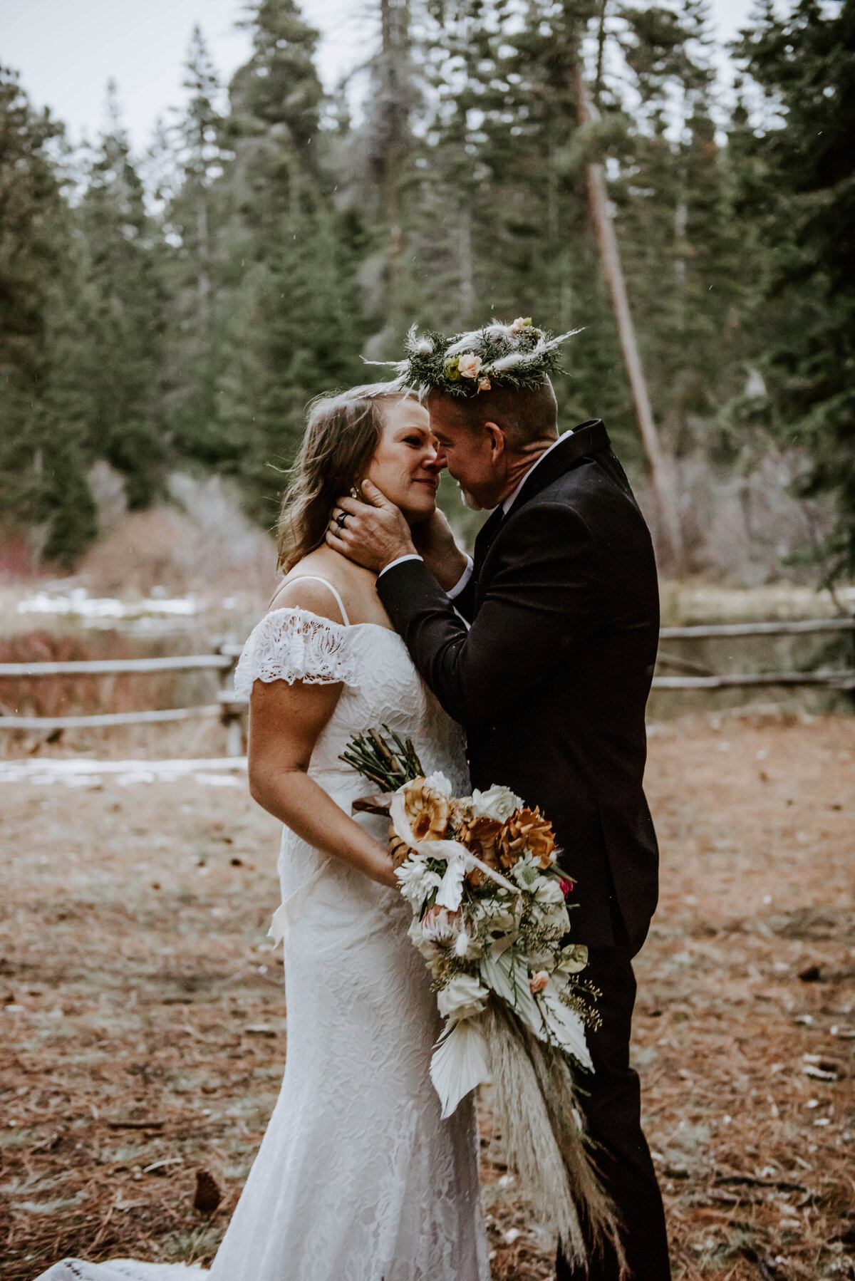 suttle-lake-sisters-oregon-lodge-woods-vow-renewal-photographer-wedding-elopement-3142