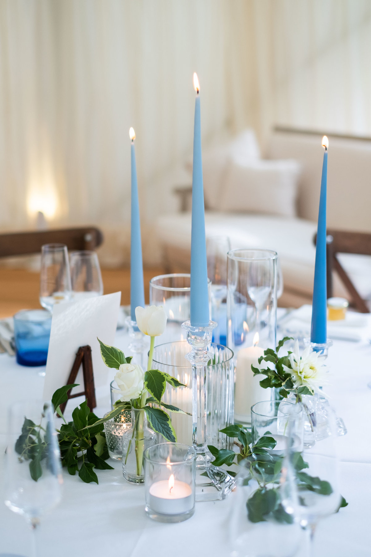 Elegant Blue and White Luxury Wedding Inspiration