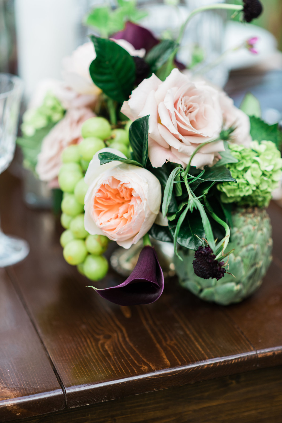 Elegant estate wedding flower decor