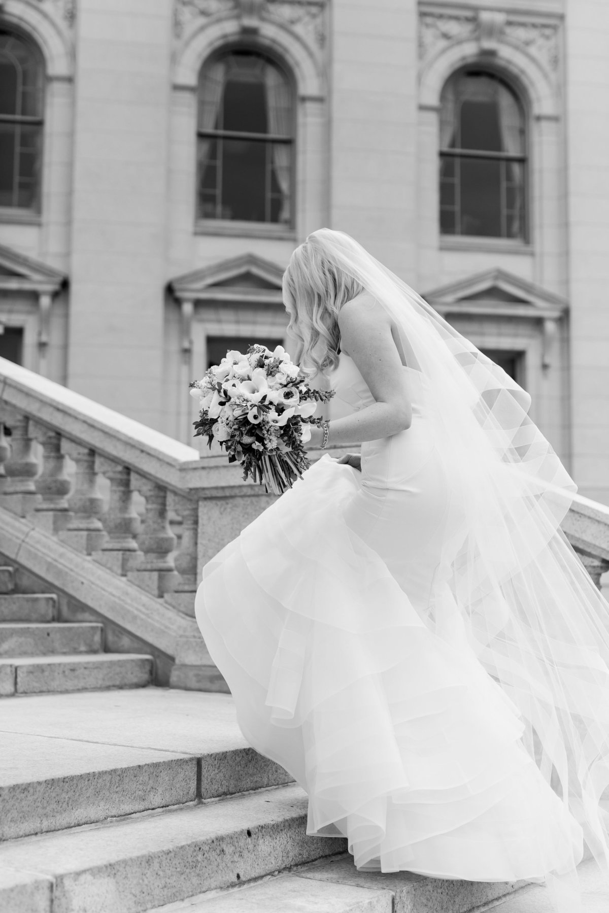 Maison Meredith Photography Wisconsin Wedding Photographer Real Wedding Three 022