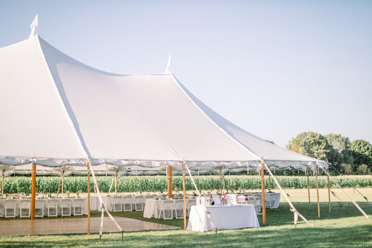 Spencer Peirce Little Farm Wedding Photos By Halie-Venue-38