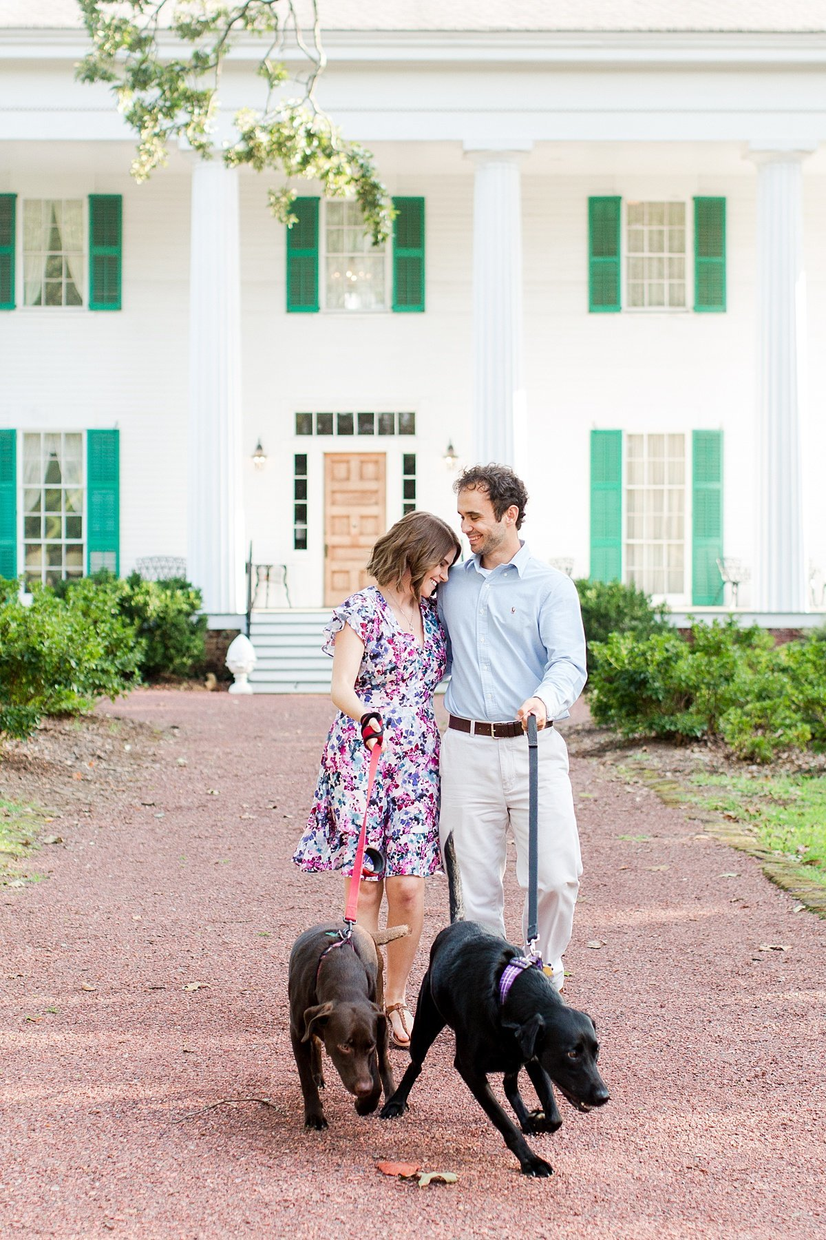Roswell-Barrington Hall-Engagement-Photos-_0001