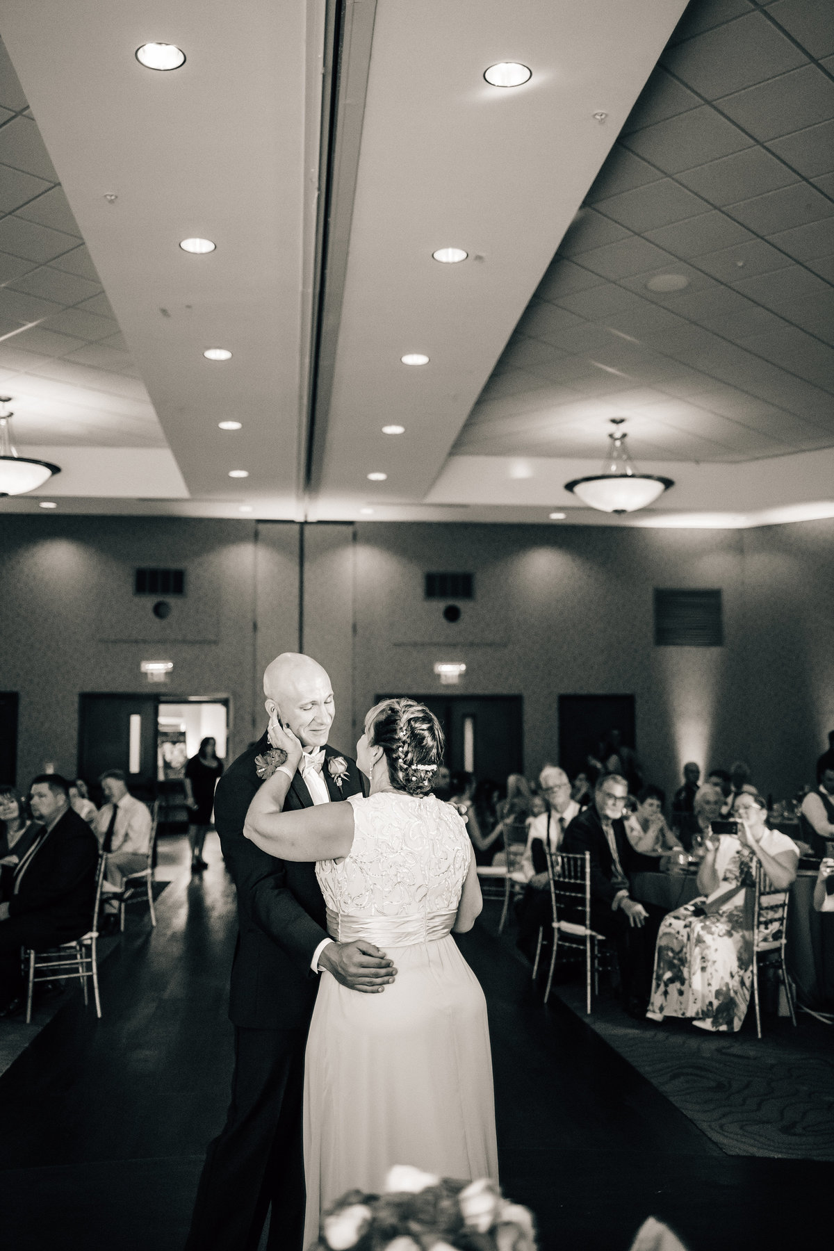 Kimberly_Hoyle_Photography_Milam_The_Back_Center_Melbourne_Wedding-80