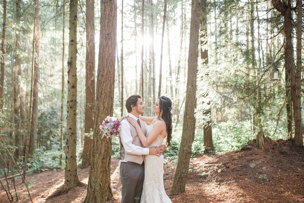 Seattle_Wedding_Photographer_Dragonfly_Retreat_Bothell