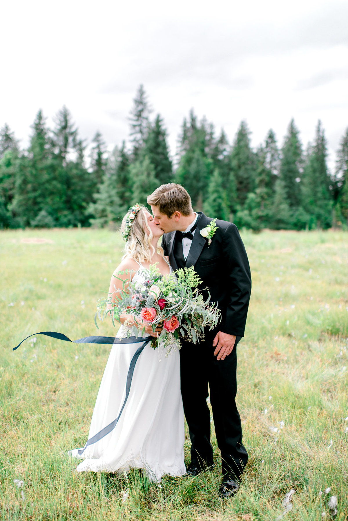 Girdwood wedding Moose Meadows