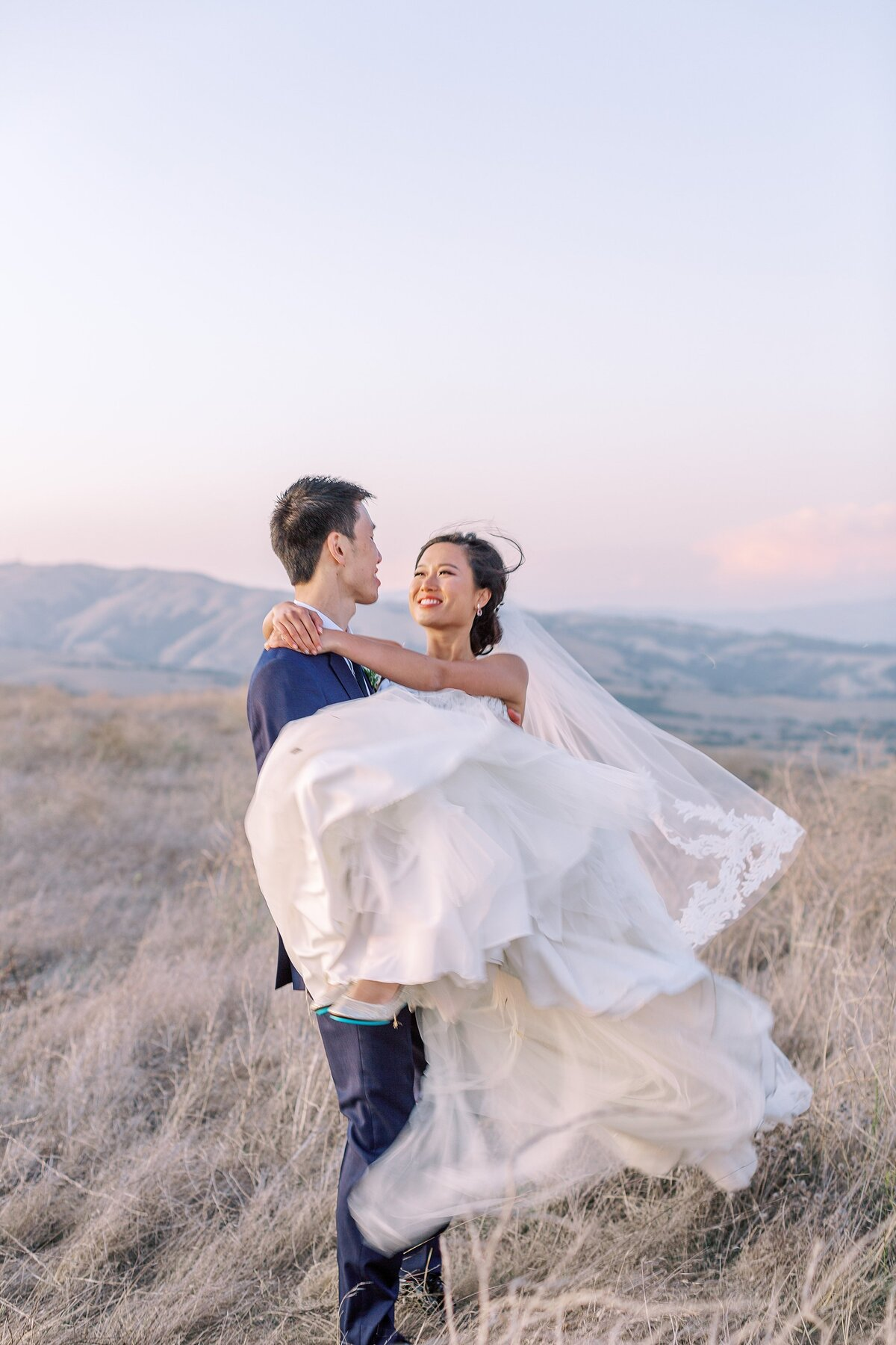 20190928Cammane and Simon's Vineyard Wedding_Nella Terra Cellars_Sunol_Bethany Picone Photography - 351_WEB