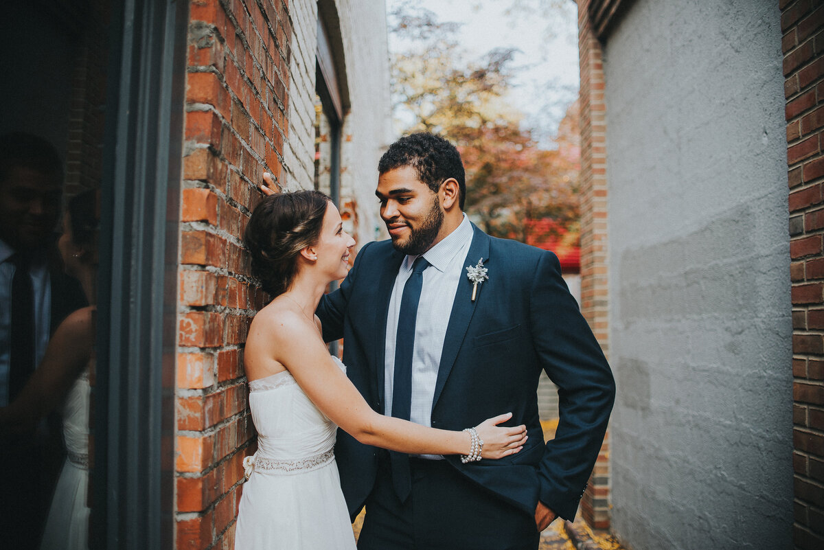 kerry-towbn-ann-arbor-michigan-wedding-photographer-zingermans-deli-girl-with-the-tattoos-wedding-photographer