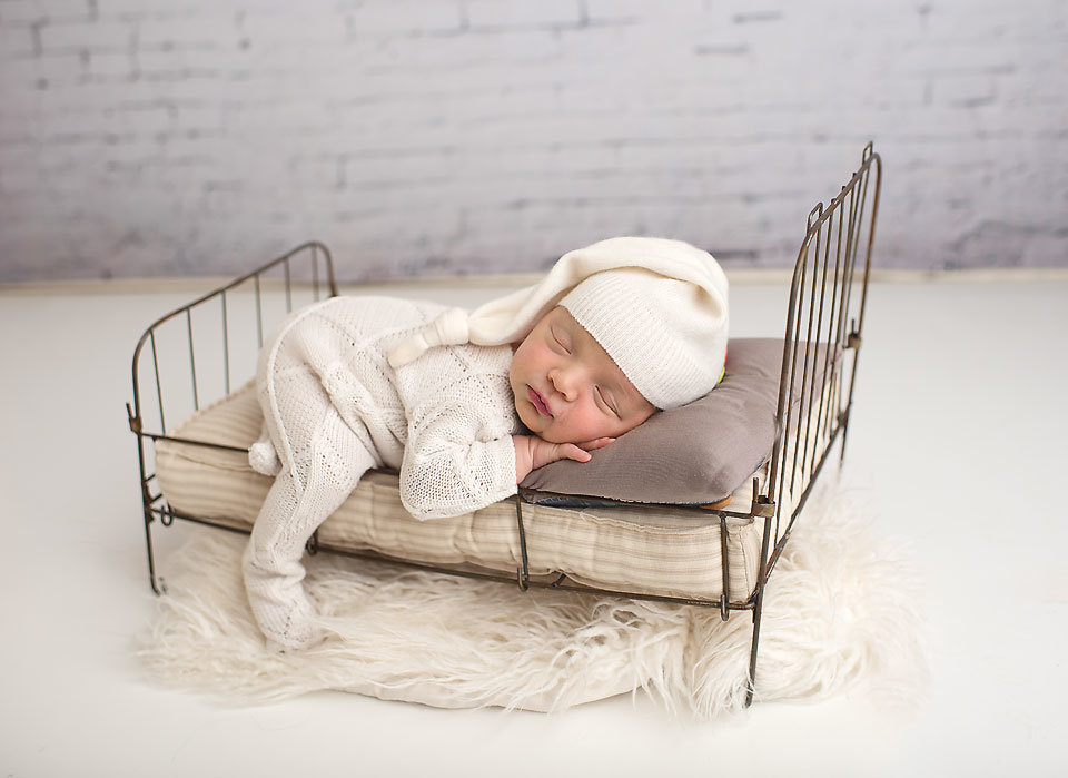 Middletown-ct-newborn-photographer-elizabeth-frederick-photography