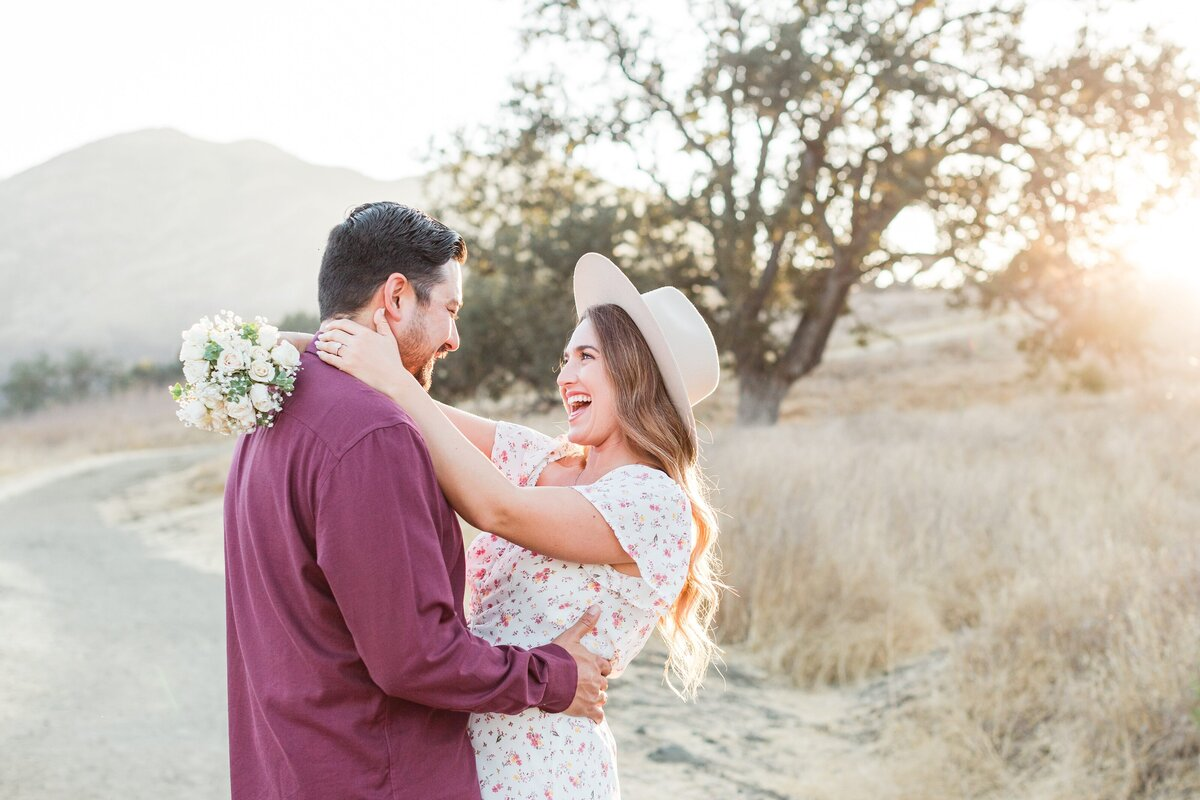 blog-Malibu-State-Creek-Park-Engagament-Shoot-boho-0056