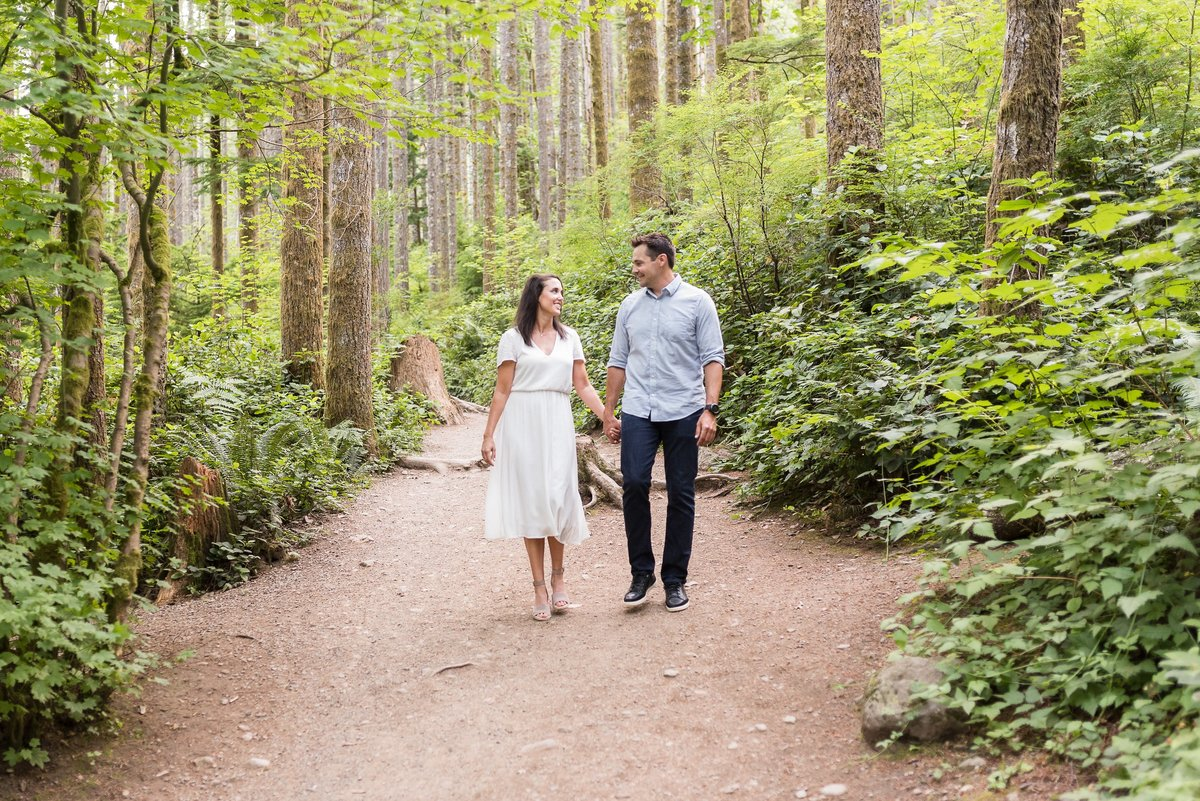 Rattlesnake Lake Engagement Session - 38