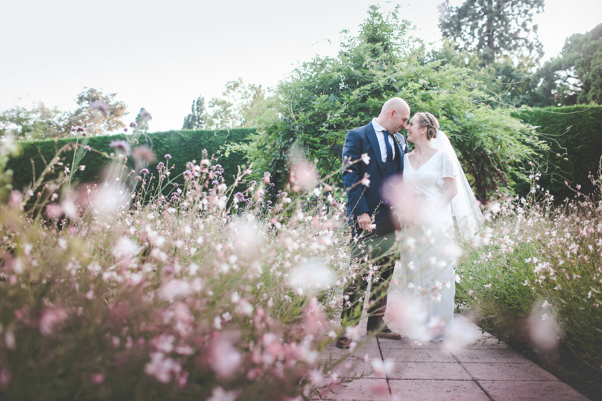 GAYNES-PARK-BARN-WEDDING-ESSEX-0068