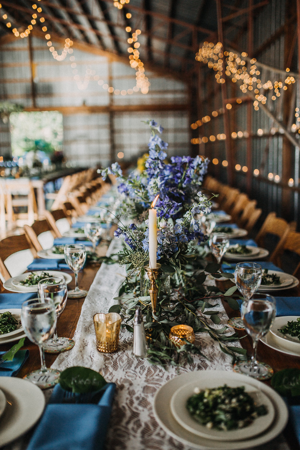 Monica_Relyea_Events_Dawn_Honsky_Photography_Nostrano_vineyard_barn_tables1