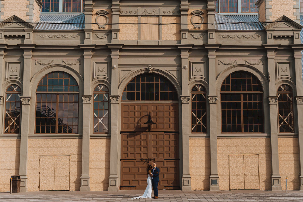 bride and groom at horticulture building