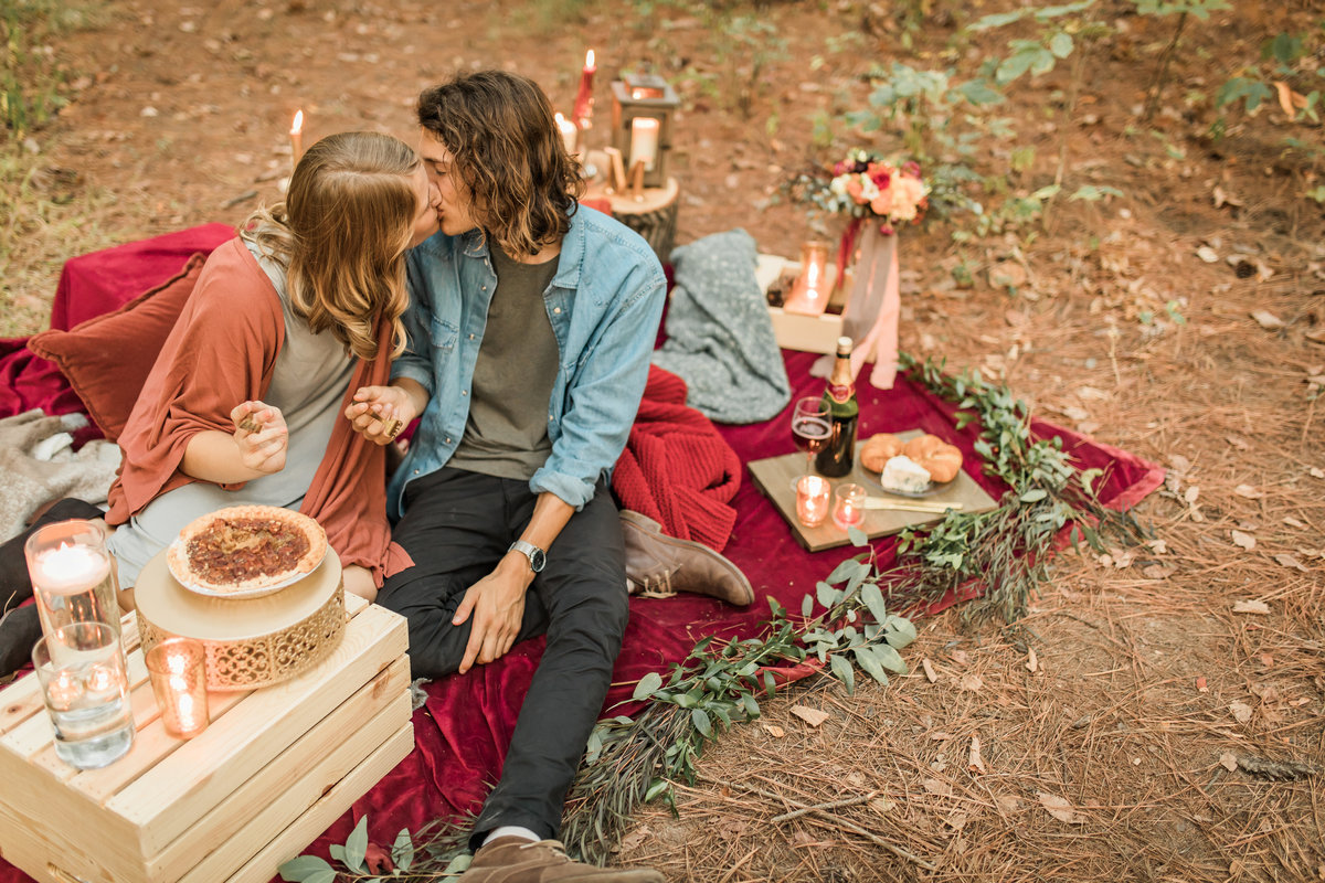 Busch Wildlife  Defiance, MO  Fall Picnic Colorado Themed Surpise Proposal  Cameron + Mikayla  Allison Slater Photography396