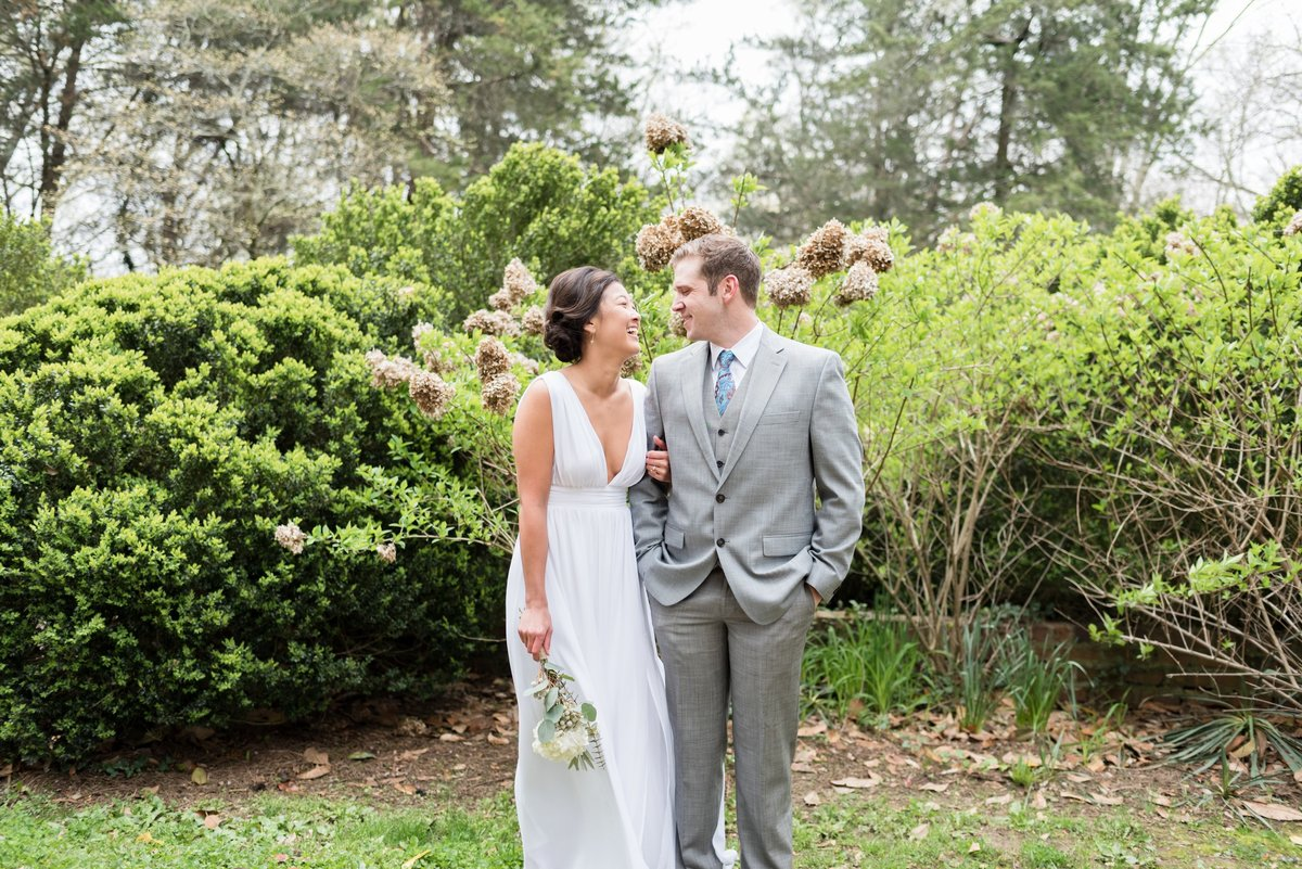 Samantha-Matt-Travellers-Rest-Plantation-Spring-Wedding-Nashville-Wedding-Photographers+2