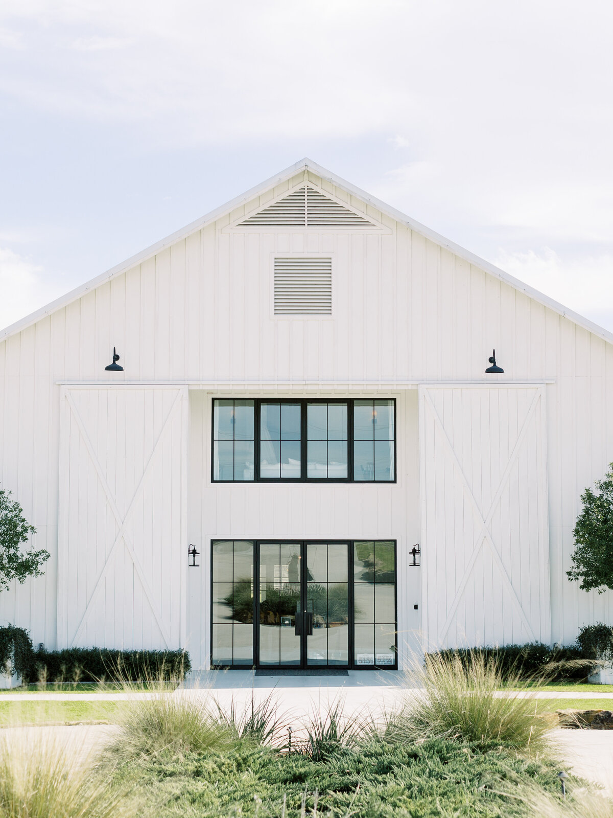 the-farmhouse-wedding-houston-texas-wedding-photographer-mackenzie-reiter-photography-31