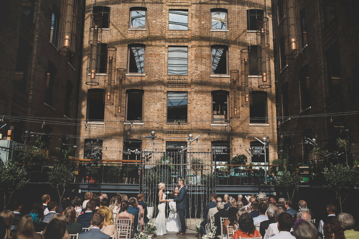 DEVONSHIRE-TERRACE-LONDON-WEDDING-PHOTOGRAPHER-0023
