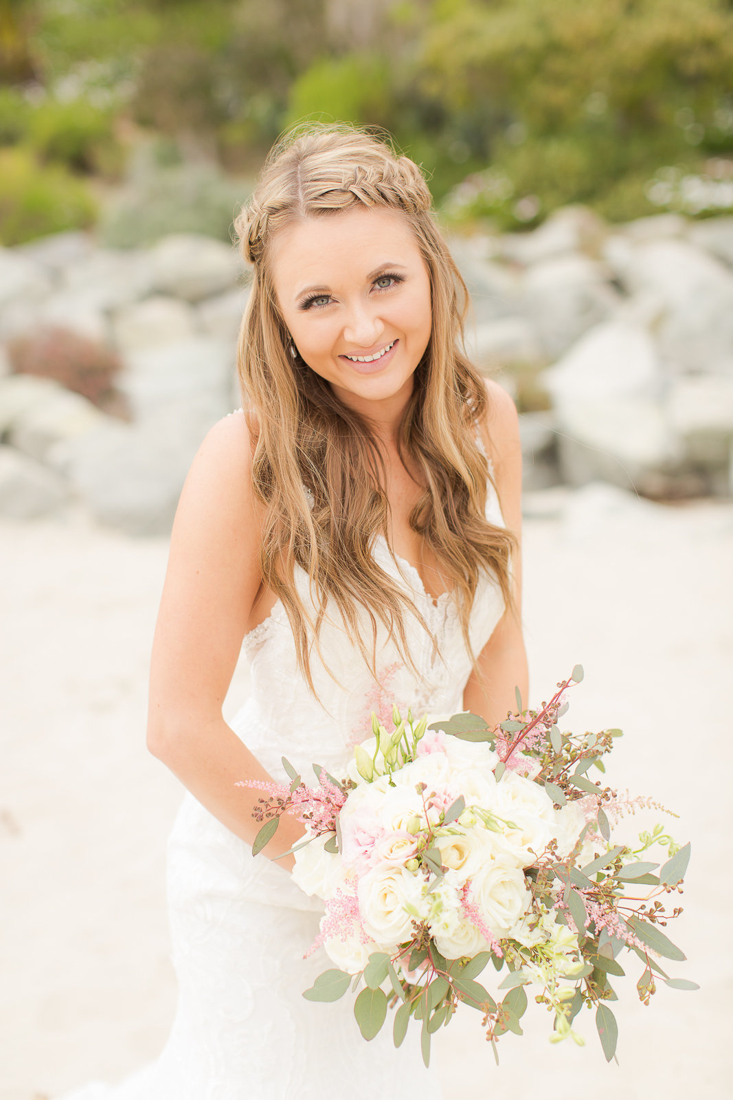 bride with bouquet nature outdoor  wedding colorado wedding destination wedding beach wedding romantic