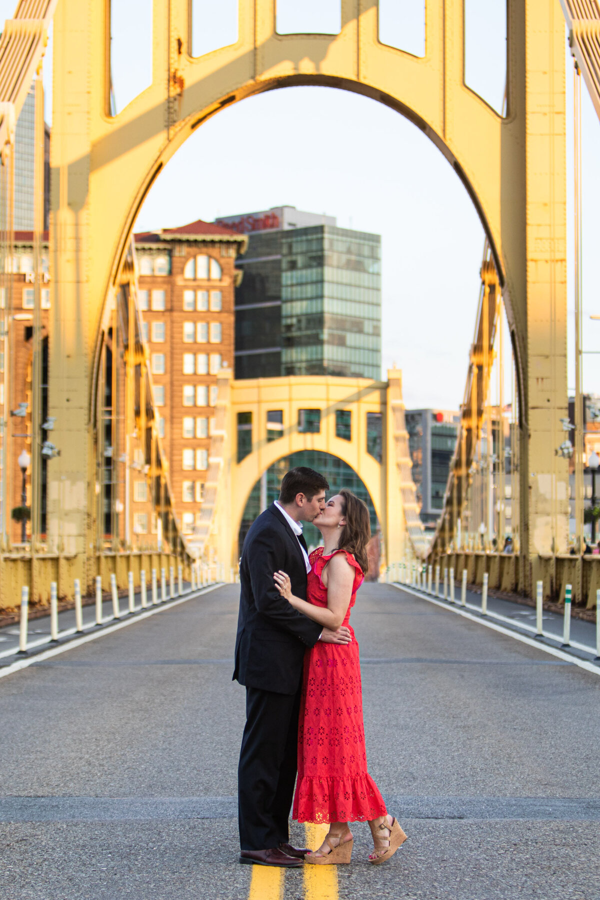 Pittsburgh-engagement-photographer-9985