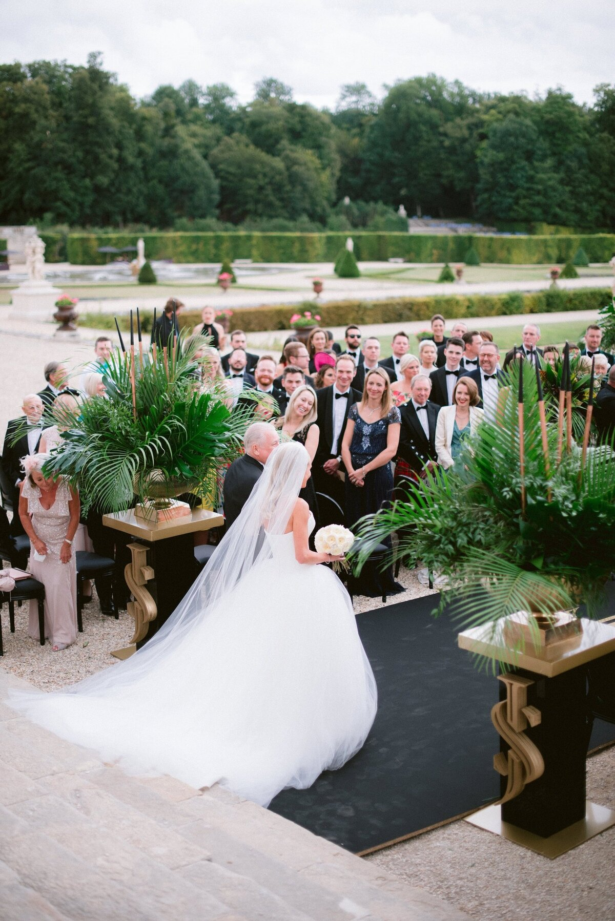 vaux-le-vicomte-luxury-wedding-phototographer-in-paris (7 of 56)