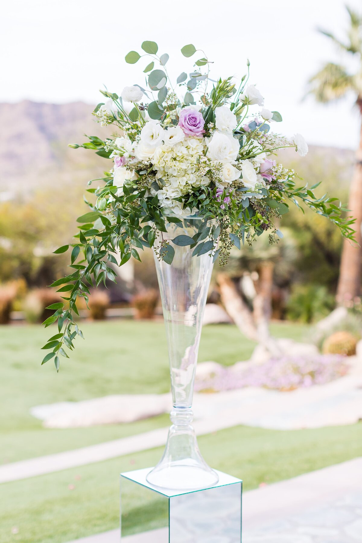 Sanctuary-on-Camelback-Wedding-by-Leslie-Ann-Photography-00026