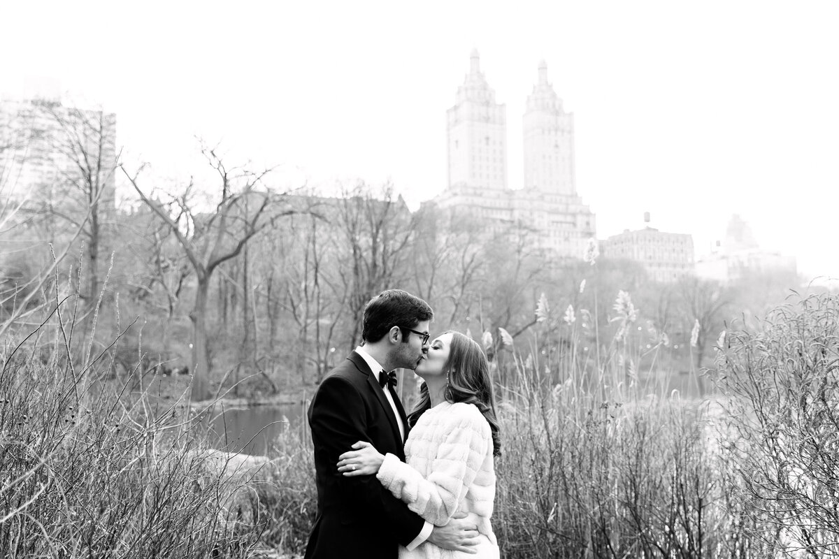 Central_Park_Engagement_Adrienne_Peter_Engagement_0150_1