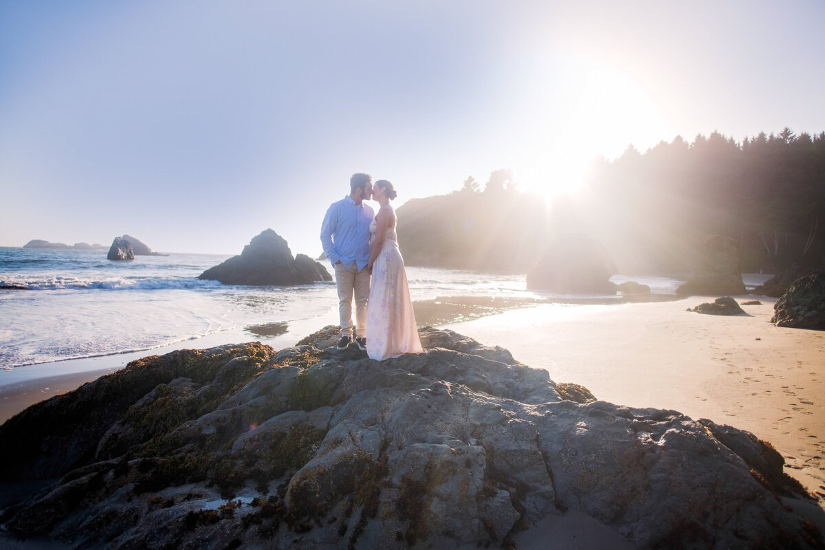 Humboldt-County-Engagement-Photographer-Beach-Engagement-Humboldt-Trinidad-College-Cove-Trinidad-State-Beach-Nor-Cal-Parky's-Pics-Coastal-Redwoods-Elopements-4