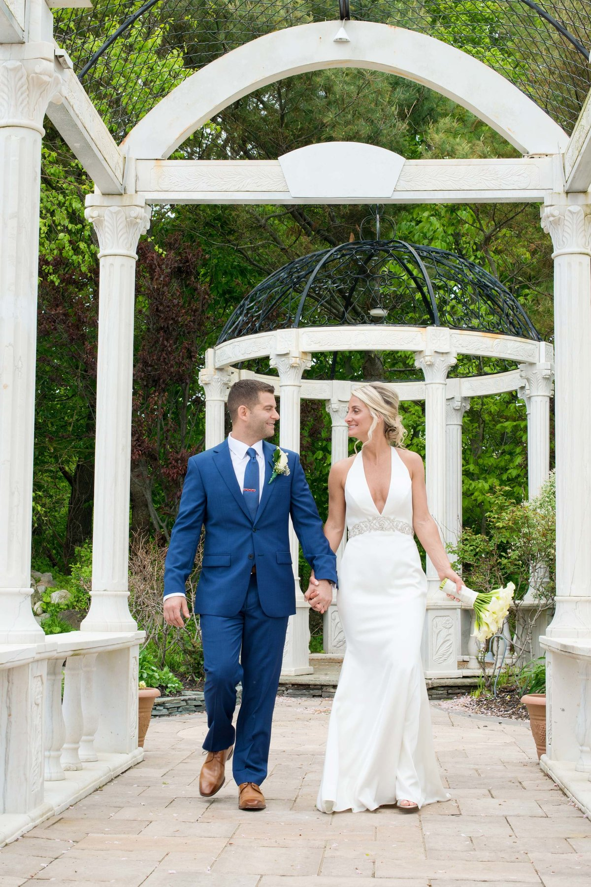 Candid wedding photos at Giorgio's Baiting Hollow