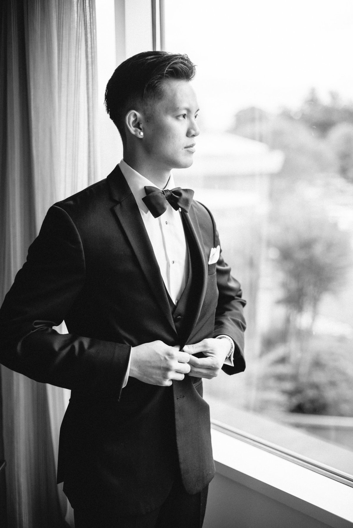 Classic-Black-and-White-Wedding-2