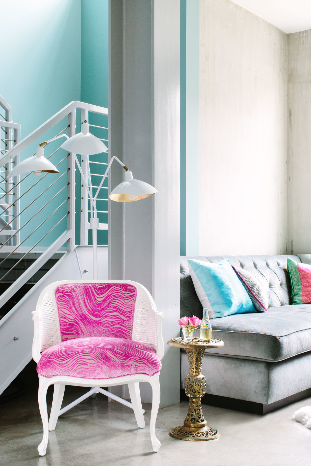 Glamour-Nest-Los-Angeles-Girly-Glamour-Interior-Living-Room-20