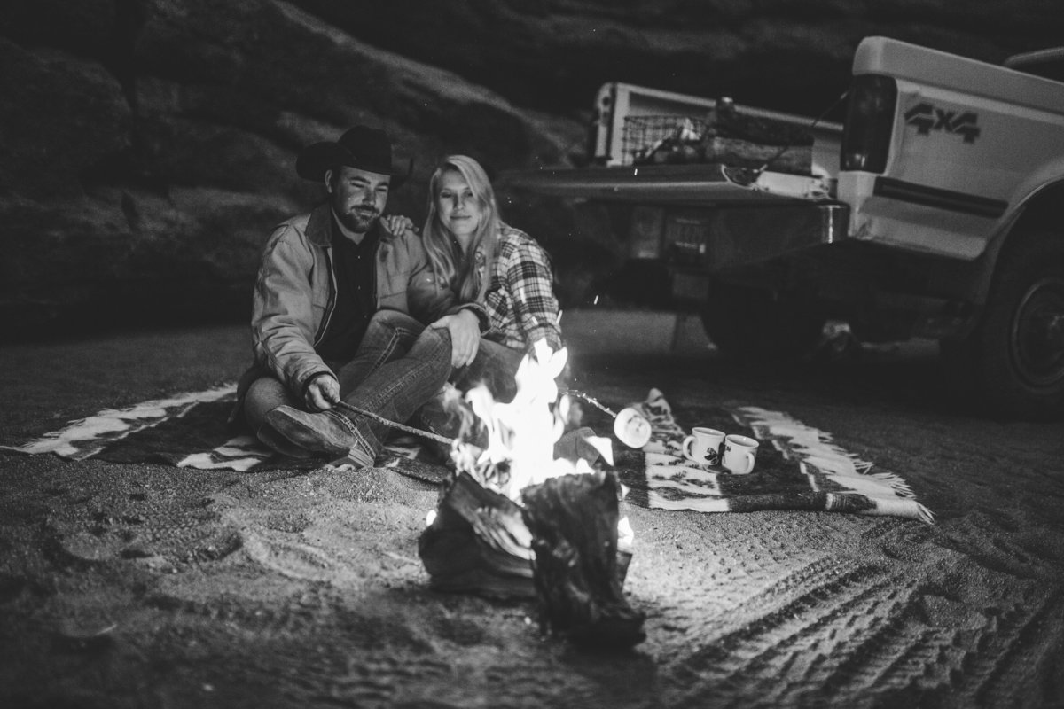 new_mexico_adventure_couple-1037