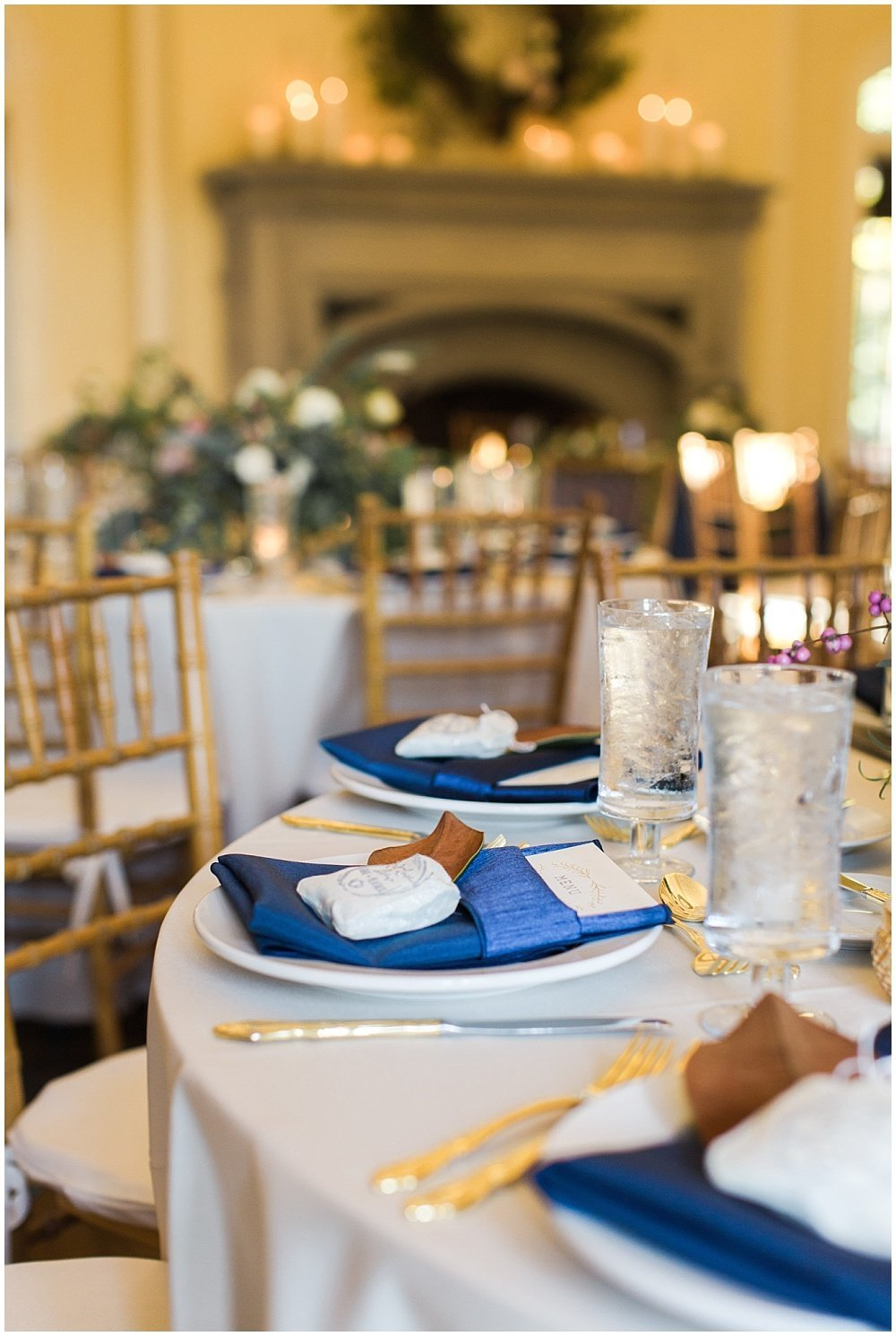 Laurel-Hall-Fall-Navy-Wedding-Ivan-Louise-Images-Jessica-Dum-Wedding-Coordination_photo_0024