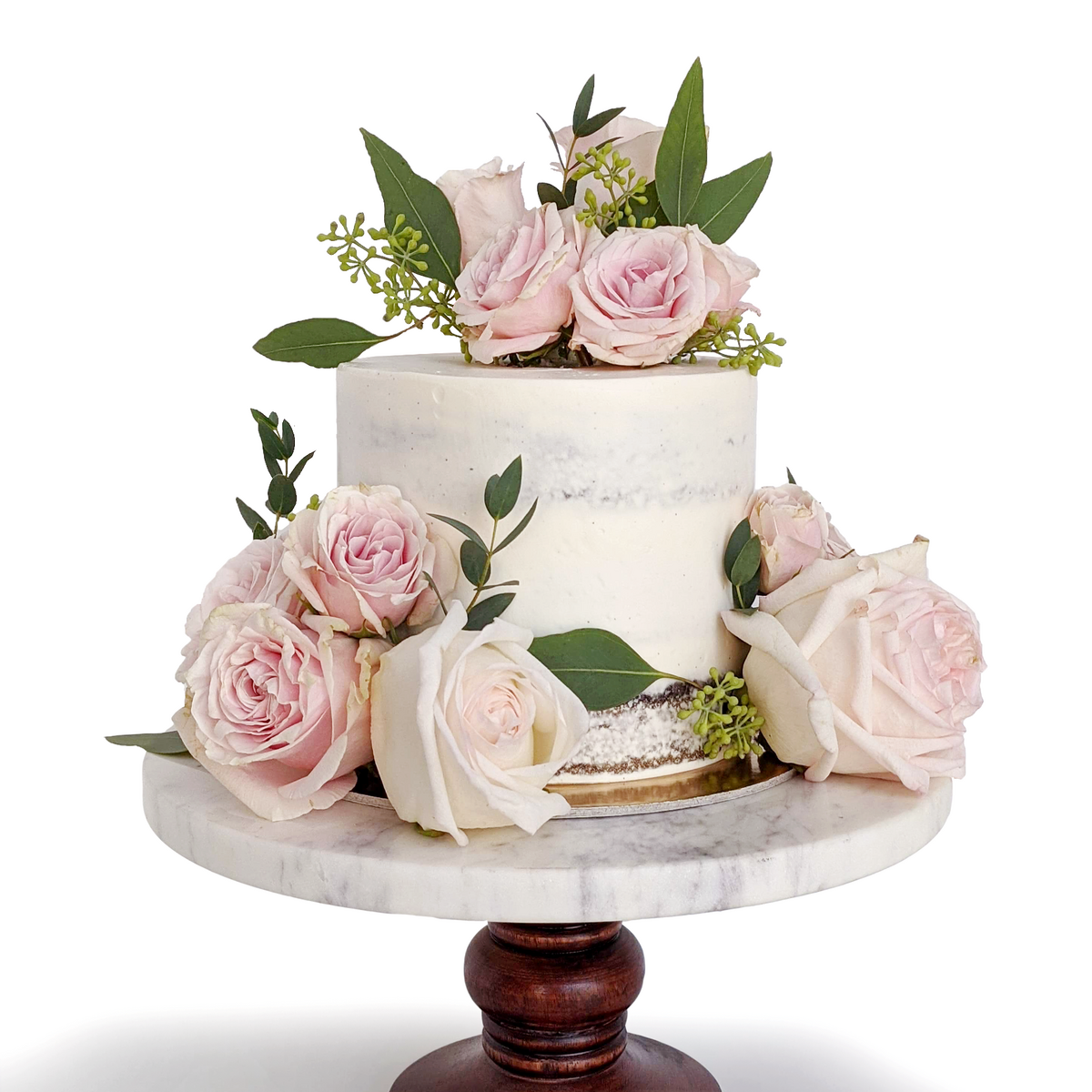 Whippt Kitchen - wedding cutting cake Aug 15, 2020 3