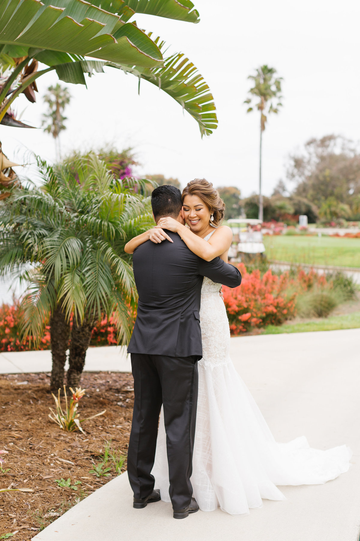 Huntington-Beach-Wedding-The-Venue-10