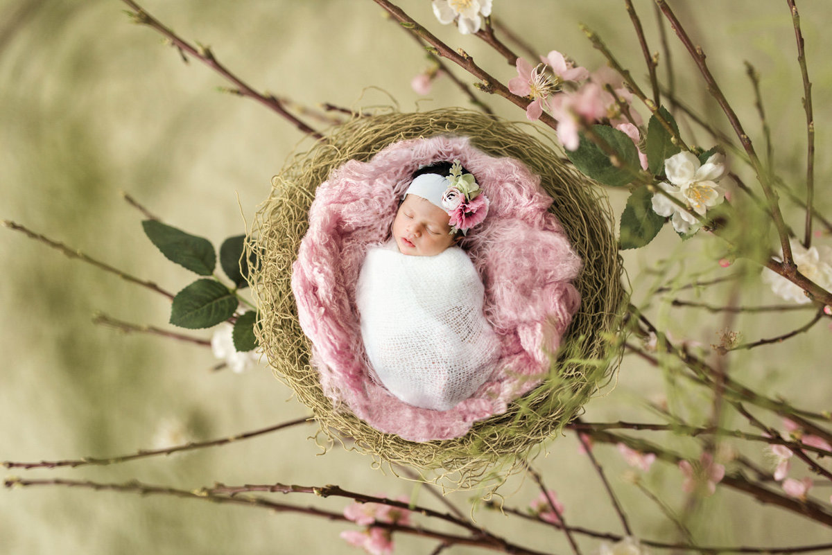 2Lisset-Galeyev-Newborn-Photographer