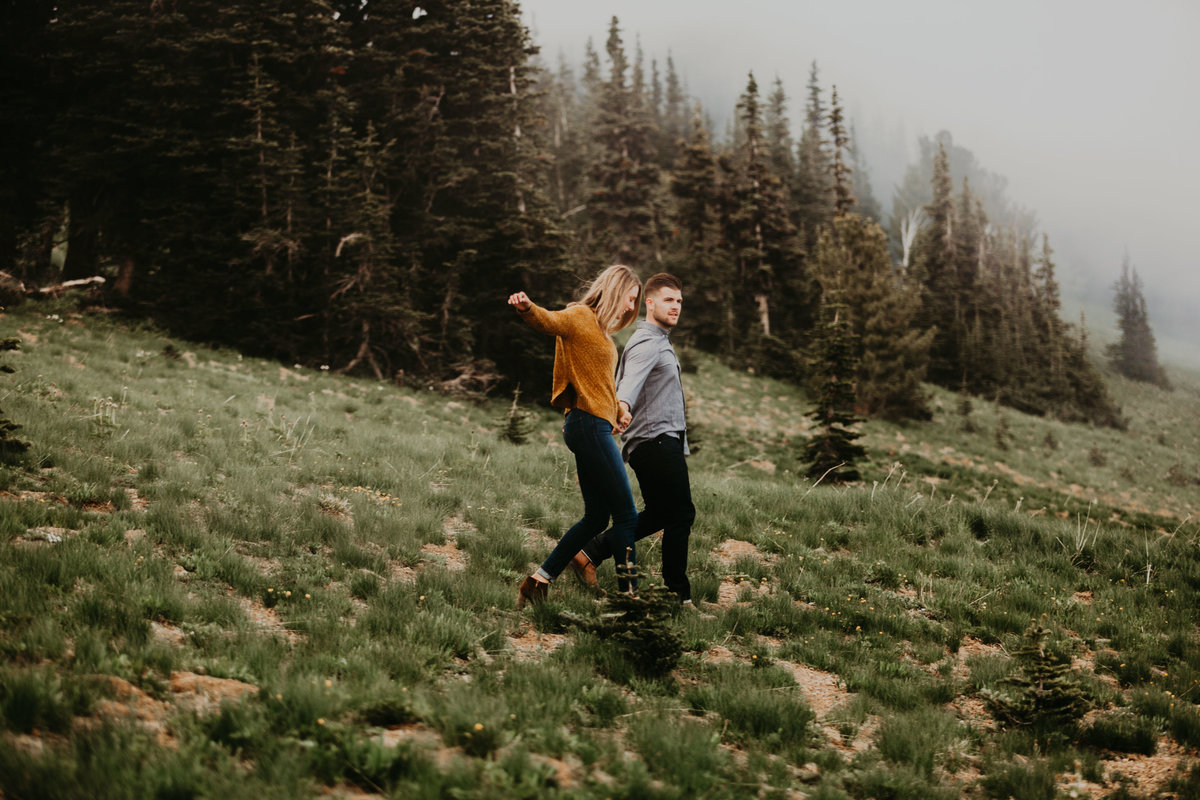 Marnie_Cornell_Photography_Engagement_Mount_Rainier_RK-191