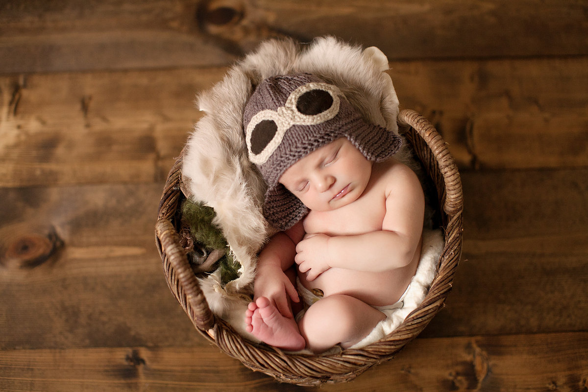 best_newborn_photographer_milton_ga