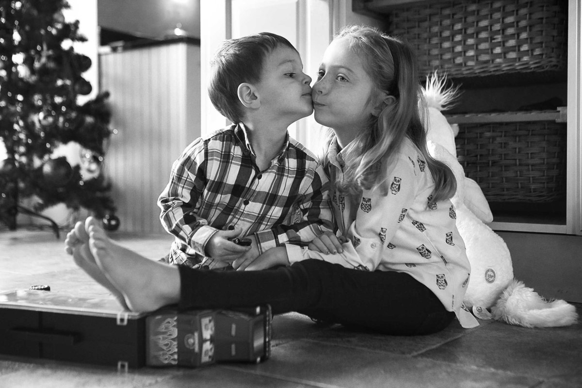 Alexa-Charlie-Xmas-Photoshoot-507-edit-bw