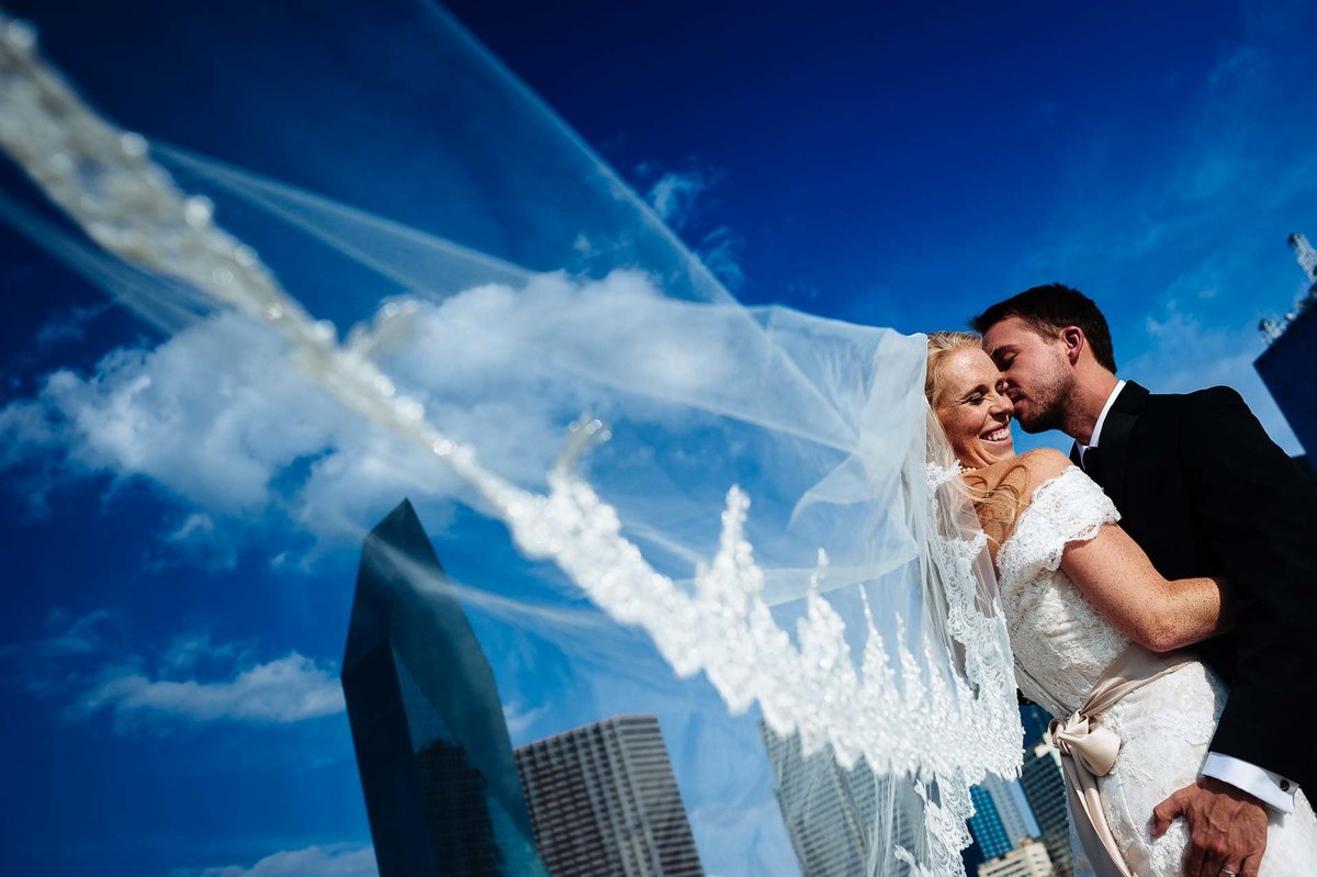 dallas wedding photography with bride and groom